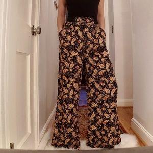 Flowy paisley wide leg pants